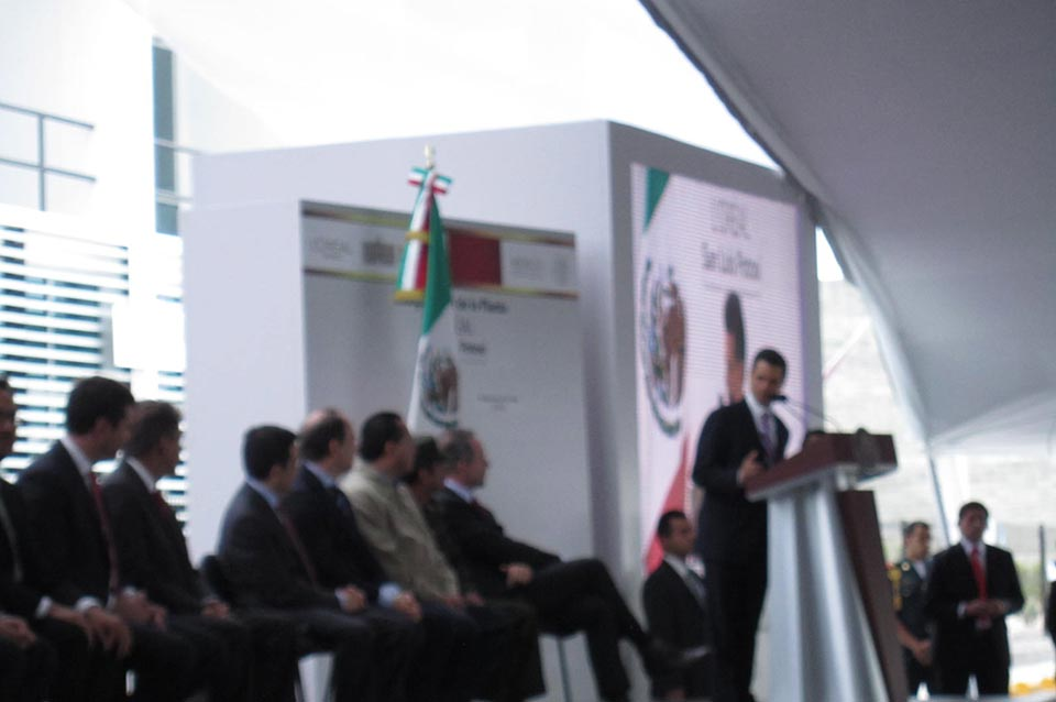 Opening L´oréal Planta 2012 San Luis Potosí Travel and Business