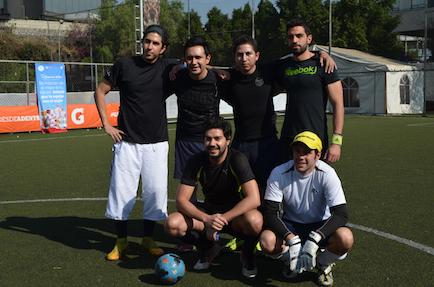 evento deportivo Danone equipo negro